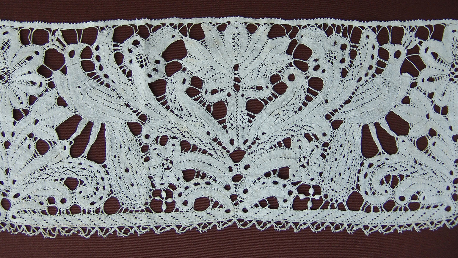 Lace of the Month: Milanese – May 2011